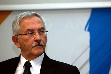 Προτεραιότητα για την Ελλάδα η ολοκλήρωση του χρονοδιαγράμματος για την έρευνα υδρογονανθράκων στο Ιόνιο και στα νότια της Κρήτης, δηλώνει ο υπουργός Περιβάλλοντος, Ενέργειας και Κλιματικής Αλλαγής, Ευάγγελος Λιβιεράτος